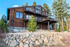 Luxury homes in newly-remodeled, mountain modern residence