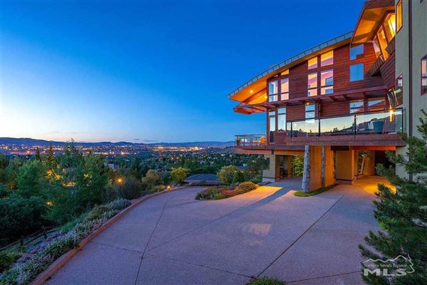 Luxury homes a special gem in reno