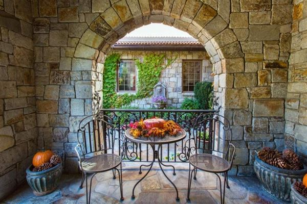 La Toscana in genoa luxury homes