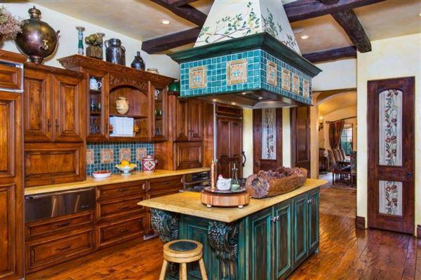 Luxury properties La Toscana in genoa