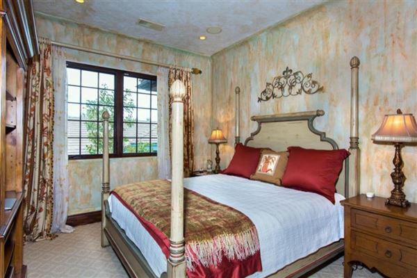 Luxury real estate La Toscana in genoa