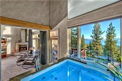 Mansions in Lake Tahoe estate