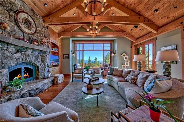 HUGE panoramic lake views on the Eastern Slope luxury homes
