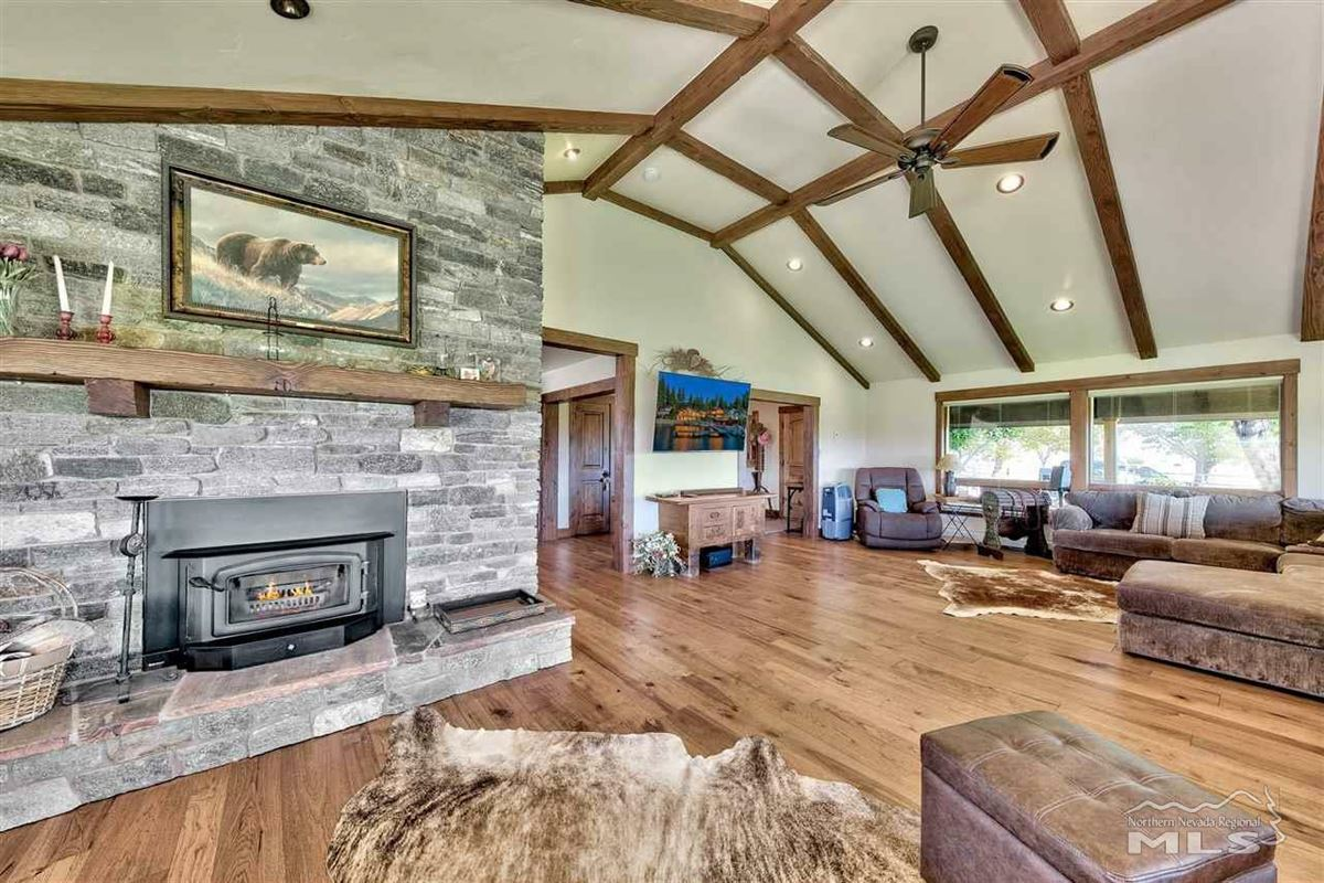 Elegant ranch home on 20 acres luxury real estate