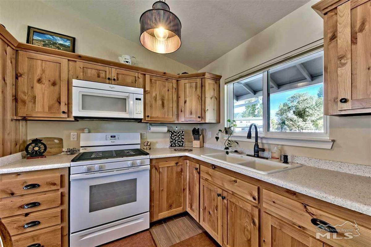 Elegant ranch home on 20 acres luxury homes