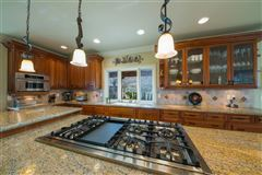 Luxury properties Stunning Retreat