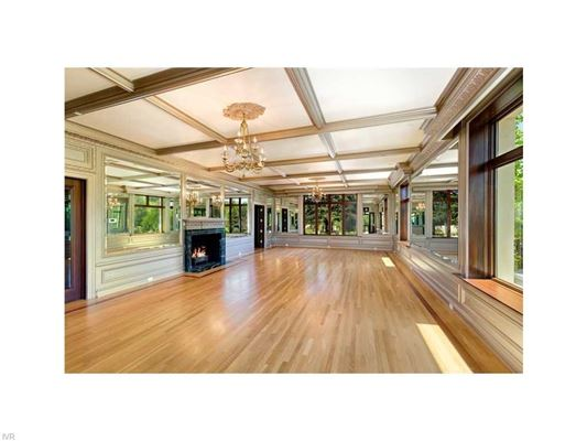 Luxury homes in Historic and stunning Nixon Mansion