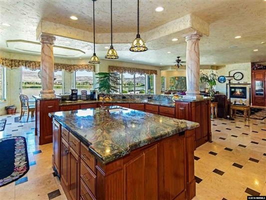 Luxury properties beautiful villa on Red Hawk Lakes golf course