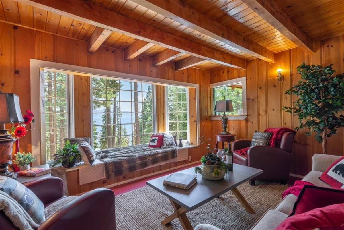 Luxury homes Lakeview Old Tahoe home