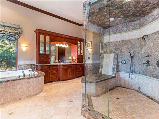 Luxury homes easy, exquisite living