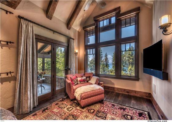 Luxury properties Tahoe Rustic Luxury in prestigious location