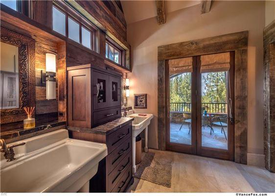 Tahoe Rustic Luxury in prestigious location luxury properties