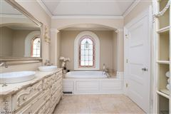 Luxury homes in Fabulous Colonial Revival