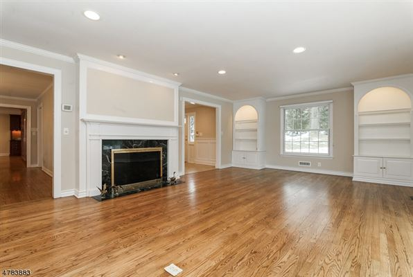 Luxury homes six bedroom Colonial home