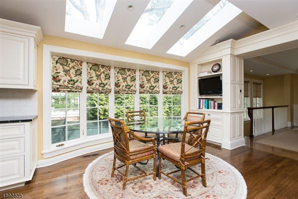 Luxury properties Fully Renovated Colonial in New Jersey