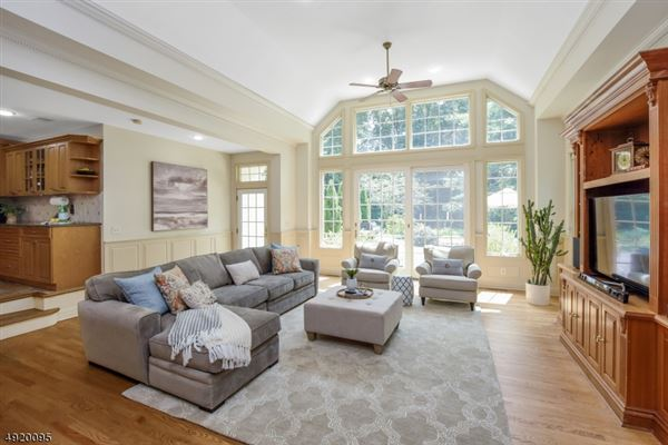 Spacious brick front Colonial luxury real estate