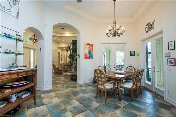 Luxury homes Sanibel living at its best