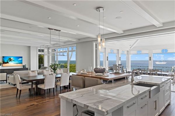 Impressive home with panoramic bay views luxury real estate