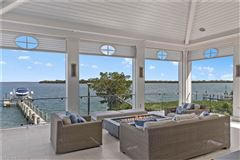 Impressive home with panoramic bay views luxury homes