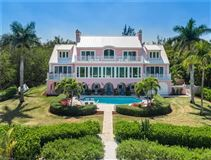 Luxury real estate The Pink House - Magnificent landmark estate