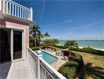 Luxury properties The Pink House - Magnificent landmark estate