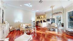 Luxury properties immaculate home in Devonwood