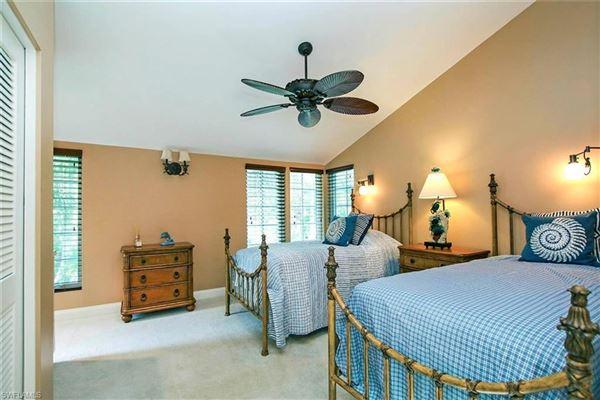 Mansions in a Gulf Ridge masterpiece