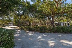 Luxury properties West Gulf Drive