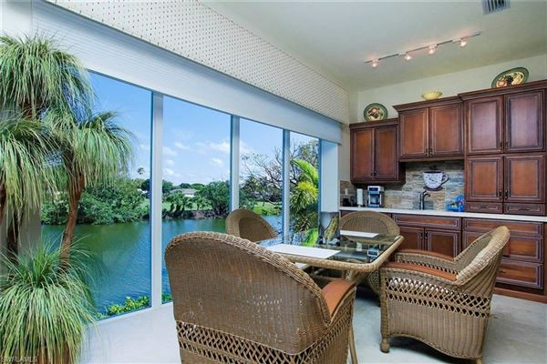 Luxury homes in custom home across the street from the beach offers incredible views