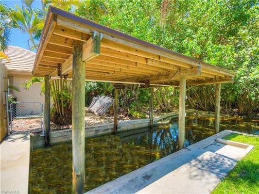 ultimate in privacy in Incredible Riverfront Enclave luxury real estate