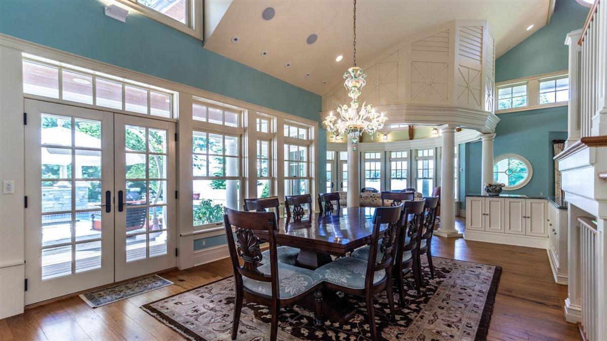Mansions Cavanaugh Lake property with views
