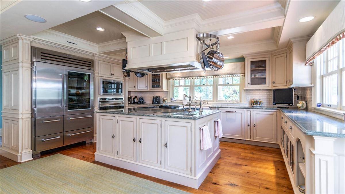 Cavanaugh Lake property with views luxury homes
