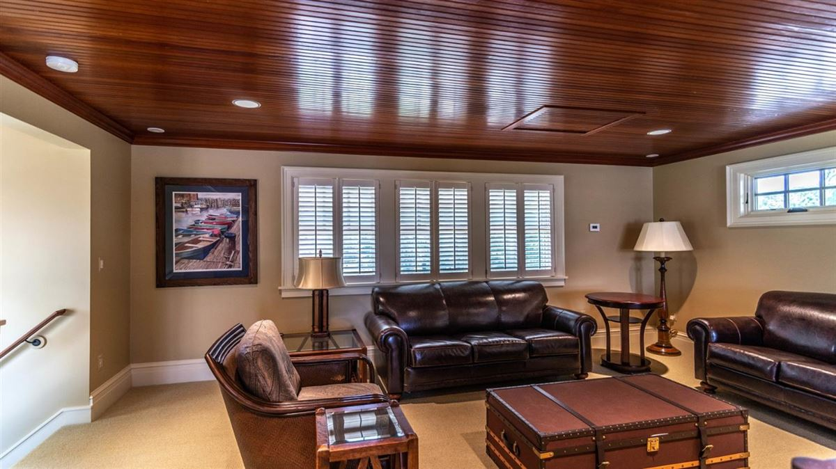 Cavanaugh Lake property with views mansions