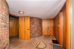 terrific Mid-Century home luxury real estate