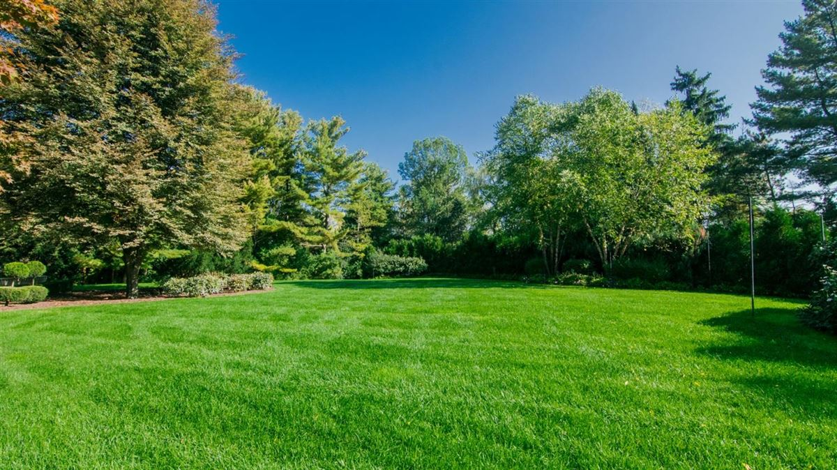 Luxury real estate exceptional two-acre private estate