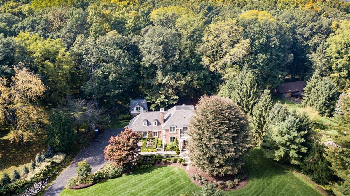 Luxury properties exceptional two-acre private estate