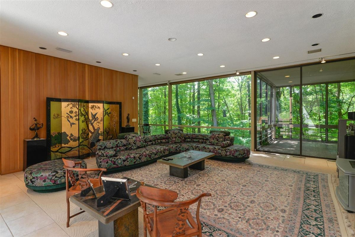 wooded lot in the heart of Barton Hills luxury real estate