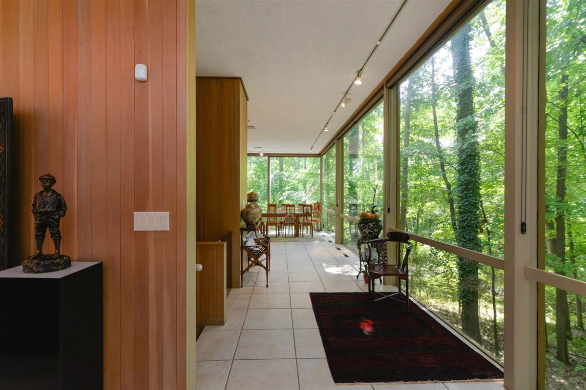 wooded lot in the heart of Barton Hills luxury properties