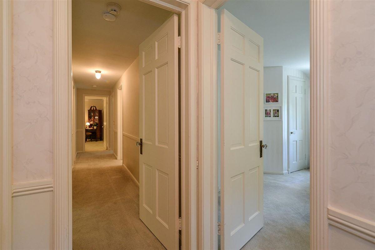 Luxury homes rare find in Ann Arbor Hills