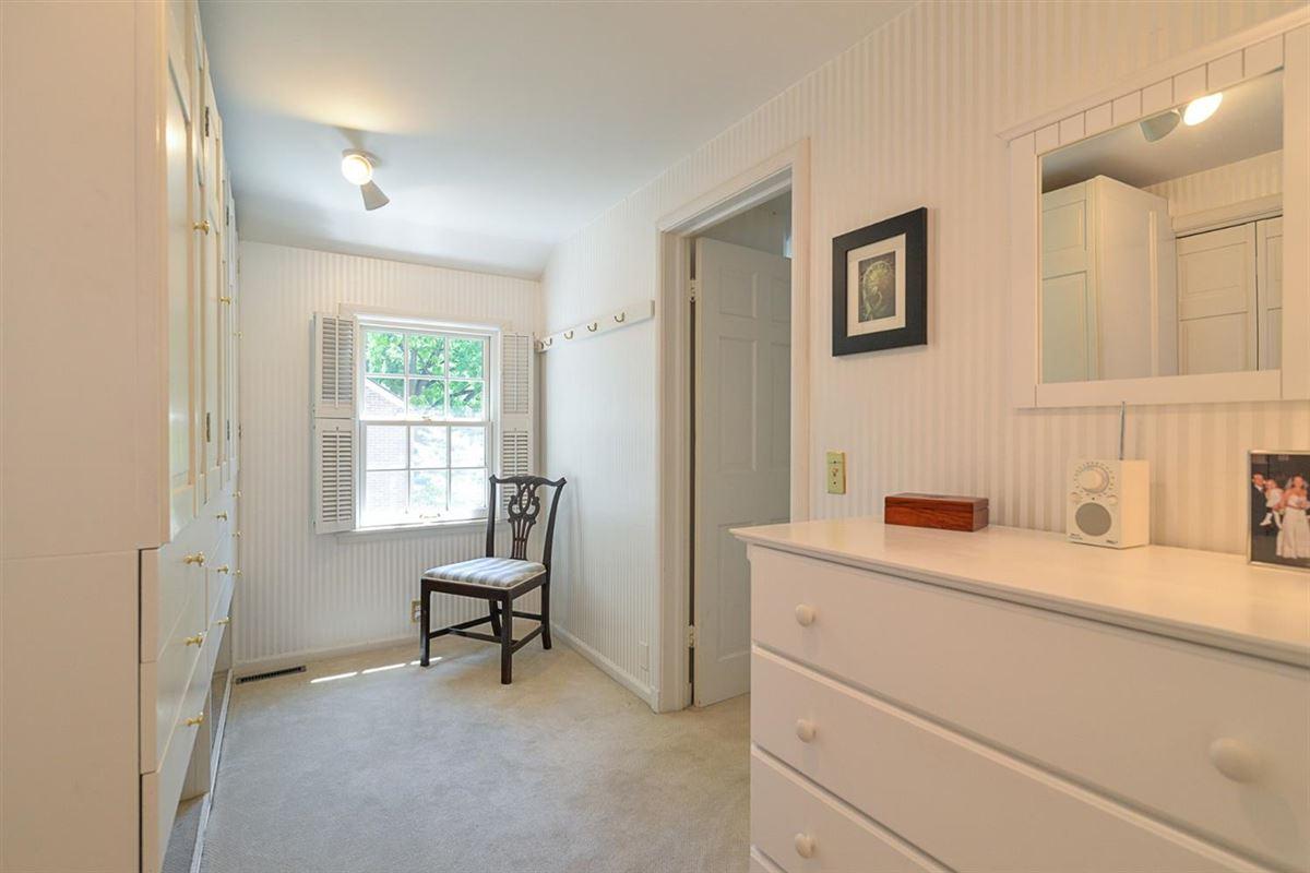 Luxury homes in rare find in Ann Arbor Hills