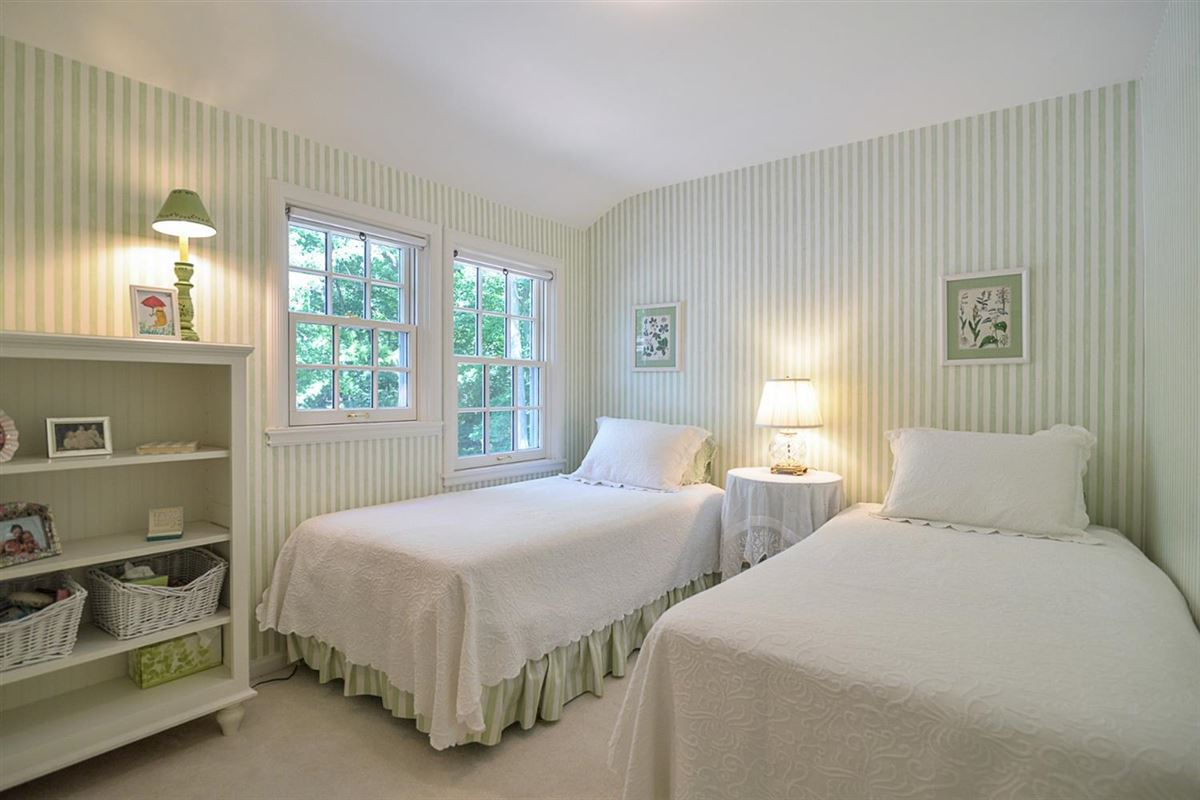 rare find in Ann Arbor Hills luxury homes