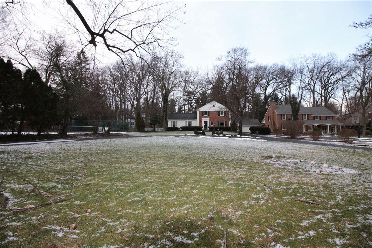 Luxury real estate rare find in Ann Arbor Hills