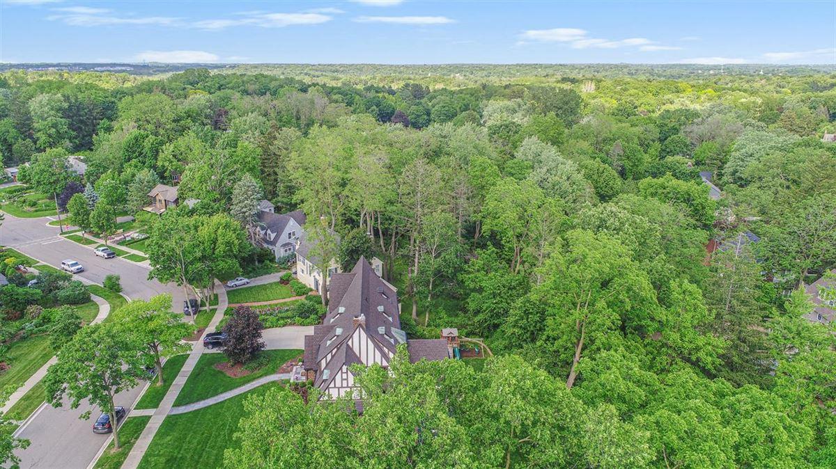 College Hill Tudor mansions