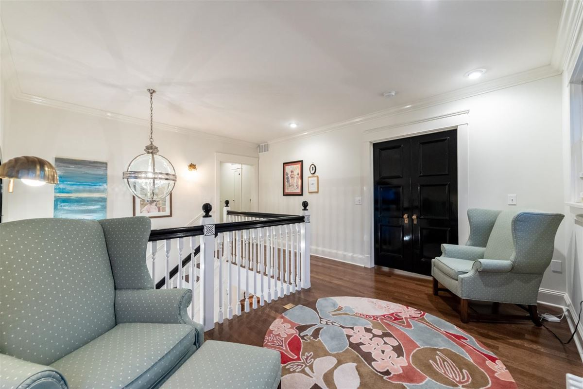 Mansions renovated and updated 1894 Queen Anne Victorian