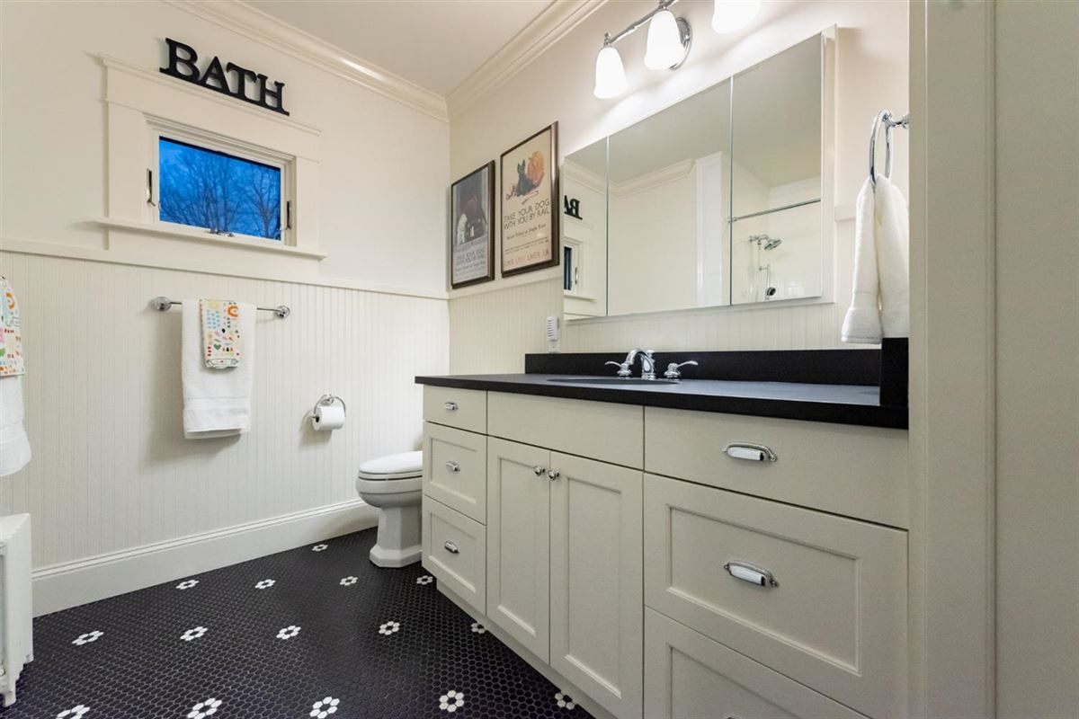 renovated and updated 1894 Queen Anne Victorian luxury properties
