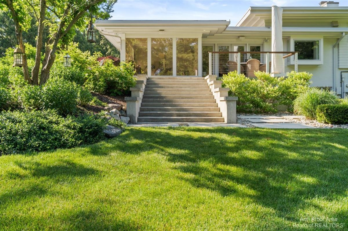 Timeless Mid-Century luxury home on two private acres luxury real estate
