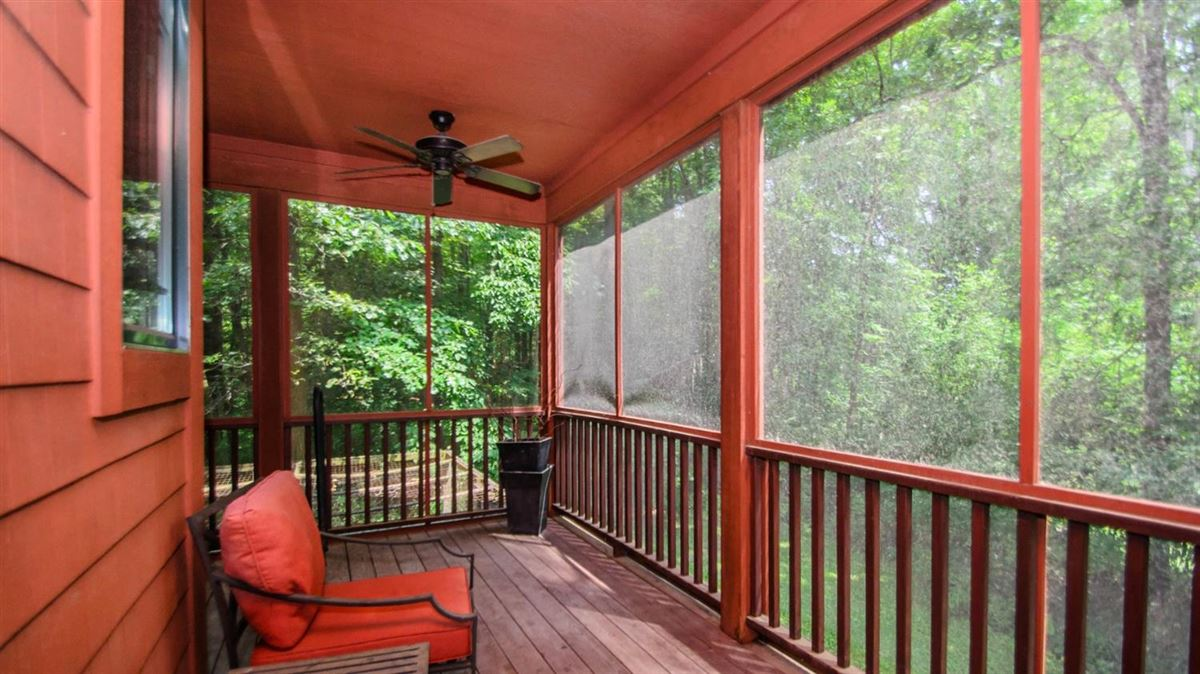 Captivating custom shingle home luxury properties