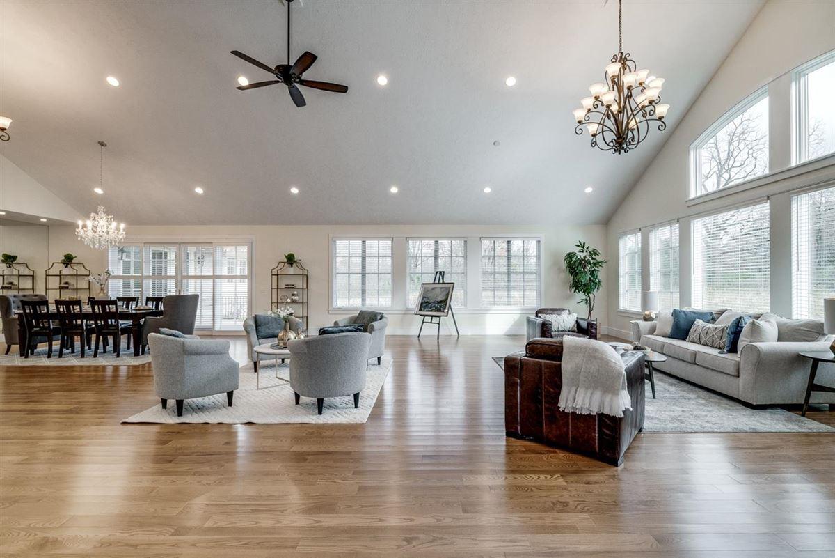 incredible estate on 15.85 acres luxury properties