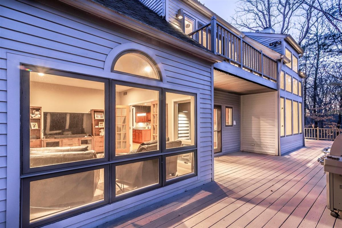 this impressive home is In the heart of Northeast Ann Arbor luxury homes