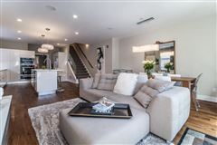well-appointed urban home in the heart of Kerrytown luxury homes